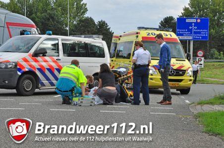 Man gewond na aanrijding met auto aan de Kloosterheulweg Waalwijk