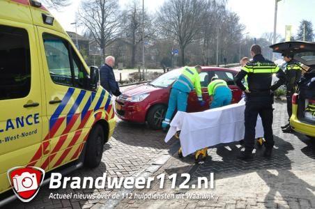 Overstekende fietsster gewond na botsing met auto aan de Reigerbosweg Waalwijk