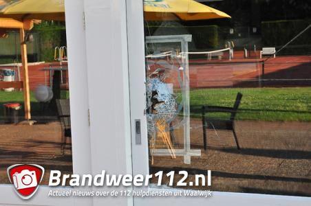 Kluis gestolen bij Jump XL in Waalwijk