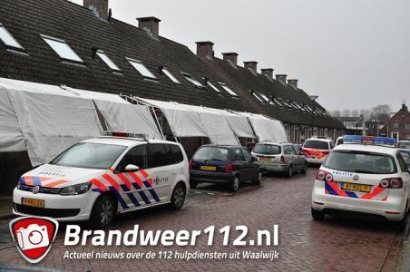 Politiehelikopter boven Waalwijk: Man en vrouw aangehouden aan de Stijn Streuvelsstraat Waalwijk