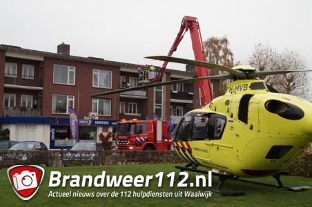 Traumaheli trekt veel bekijks in woonwijk Waalwijk