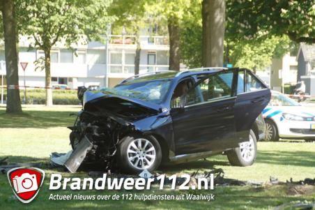 Drie gewonden bij ongeluk vlakbij RKC-stadion in Waalwijk, van wie zeker één zwaargewonde