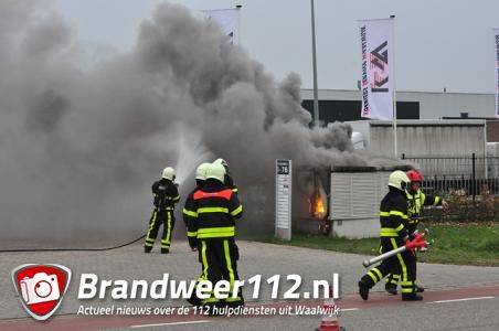 Brand in transformatorhuisje Waalwijk, twintig bedrijven zonder stroom
