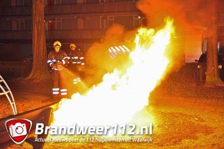 Bankje gaat in vlammen op aan het Larixplein Waalwijk