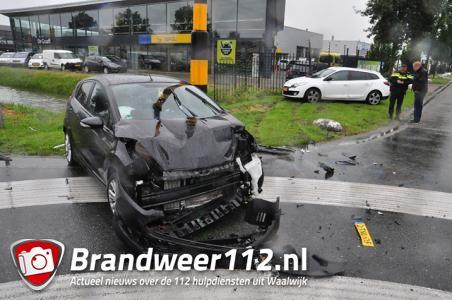 Gewonde door ongeval op kruising Kleiweg en Havenweg in Waalwijk