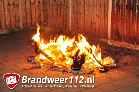 Bankstel in brand aan de Mr. Luybenstraat in Waalwijk