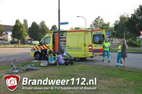 Fietsster gewond bij aanrijding op Prof. Asserweg in Waalwijk